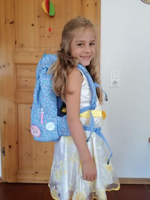 Emma 7 Jahre Gewinner eines Schulrucksack - Aktion 2020
